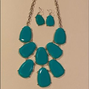 New turquoise necklace & earrings  w/ gold chain.